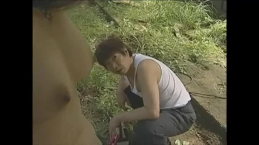 友田真紀 昔付き合っていた男に拉致され廃墟に監禁拘束された美熟女…身体を凌辱レイプで犯され何度も絶頂を迎える…